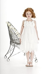 biscotti-creme-dela-creme-dress-easter_thumbnail